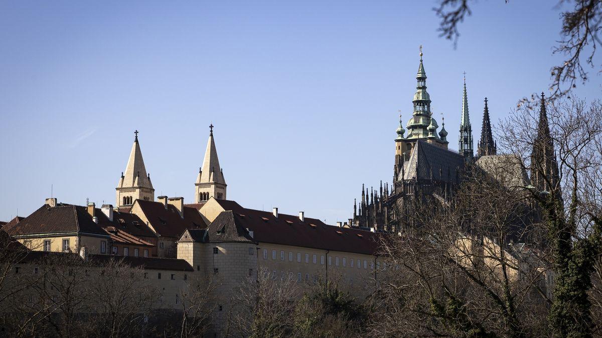 Pražský hrad dostane navíc 200 milionů