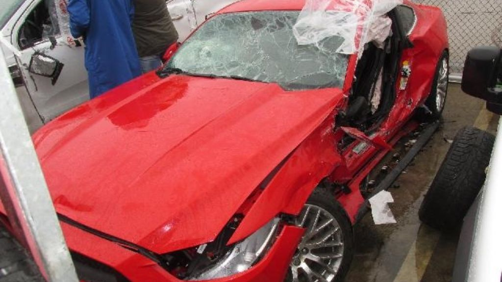 Může být auto bourané před záruční dobou? Ale jistě!