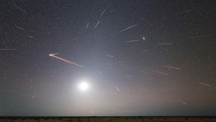 Časně ráno bude možné pozorovat prach z Halleyovy komety