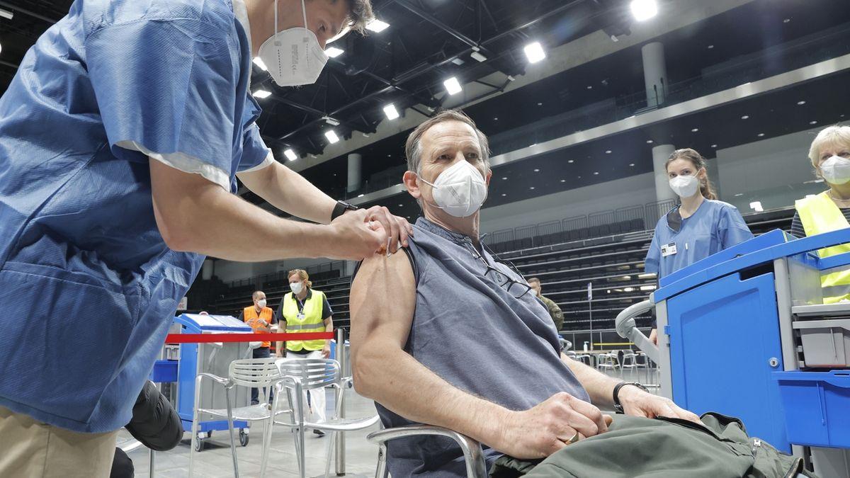 Očkování proti covidu-19 bude nutné zopakovat
