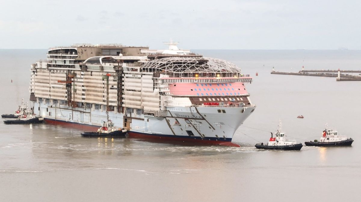 Obří skluzavka i zipline na palubě. Příští rok vypluje nová největší výletní loď světa