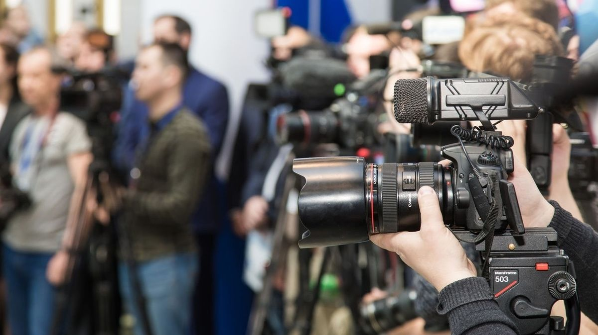 """Cejch """"zahraniční agent"""" kosí ruská média"""