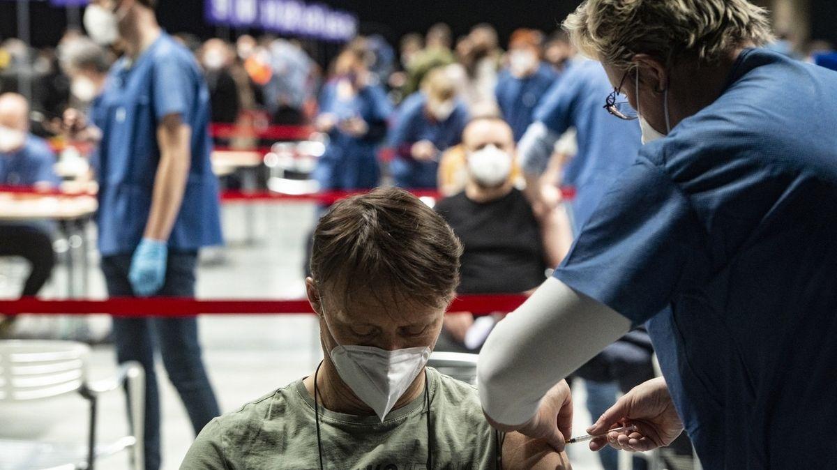 Od čtvrtka už i pro teenagery, registr očkování se otevře novým skupinám