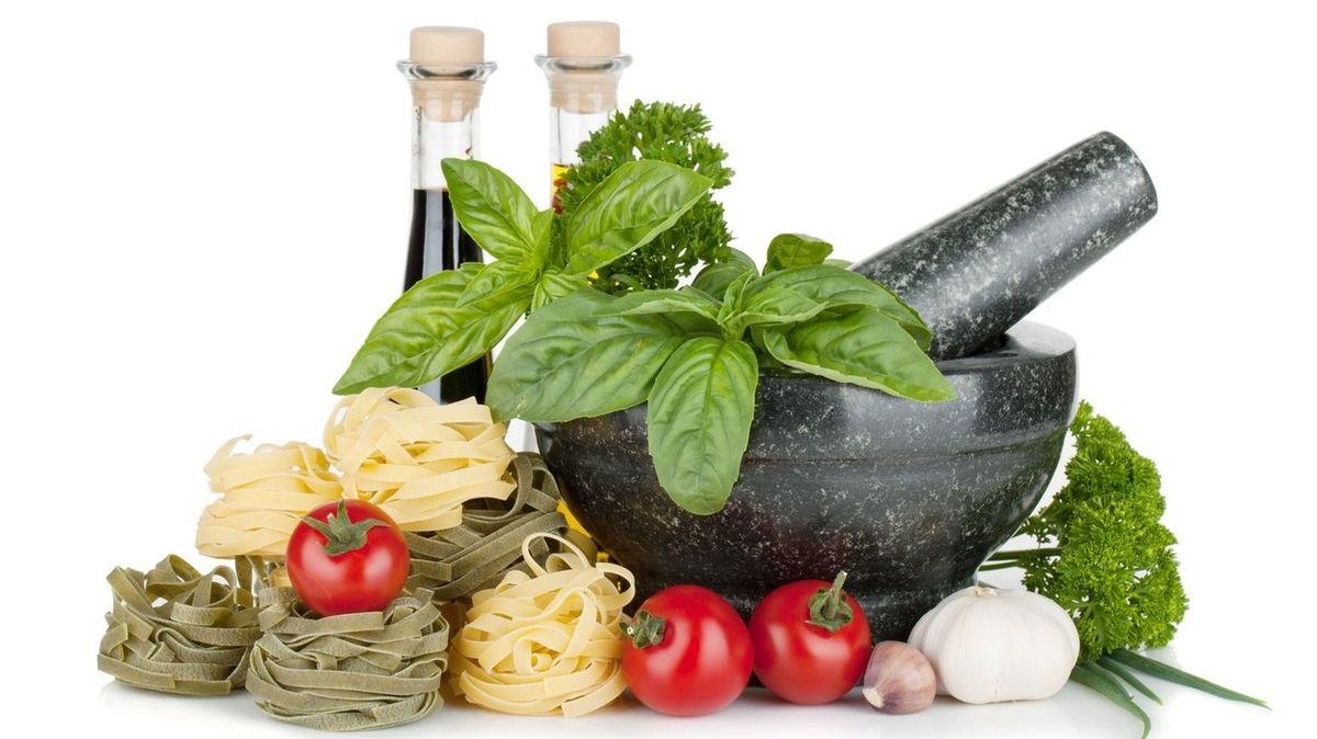Italské bylinky dodávají pokrmům vůni, ale i celou řadu zdravotních benefitů