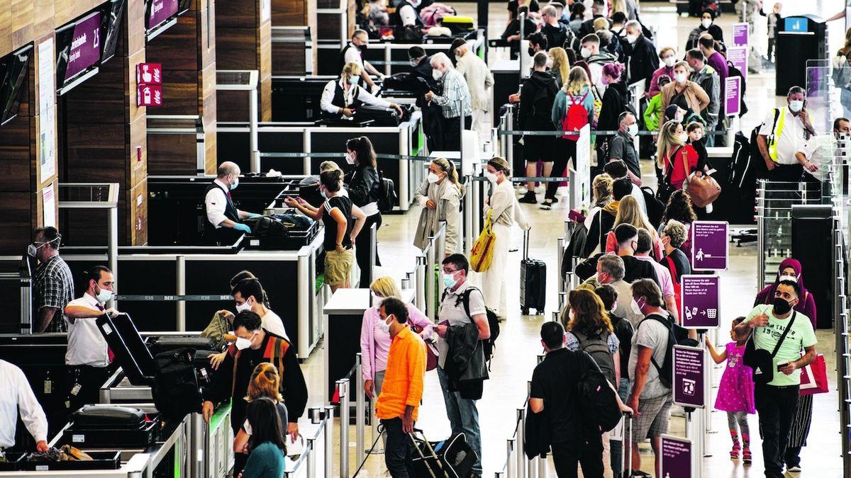 Mapa cestovatele se mění. Další země spadají do kategorie vysokého rizika