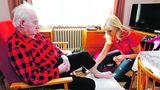 Češi stárnou, míst vdomovech seniorů ubývá