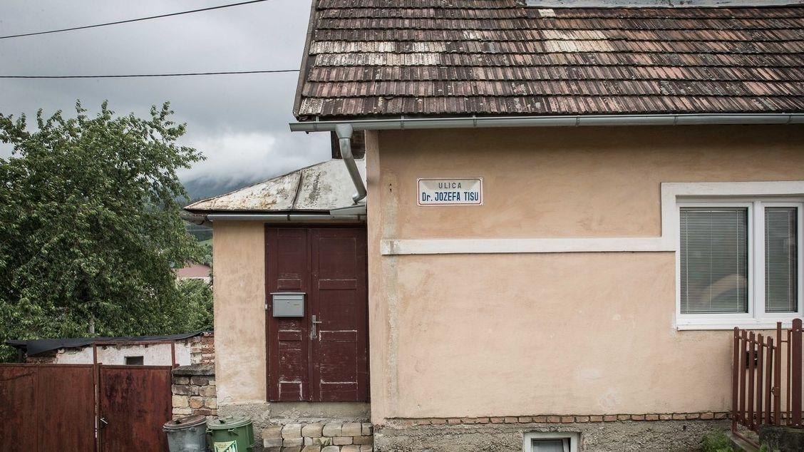 Kriminalisté na Slovensku vyšetřují případ ulice pojmenované po Jozefu Tisovi