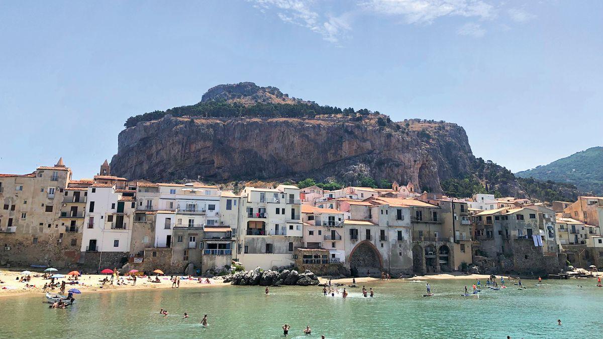 Pětistovkou po Sicílii: Ostrovem křížem krážem