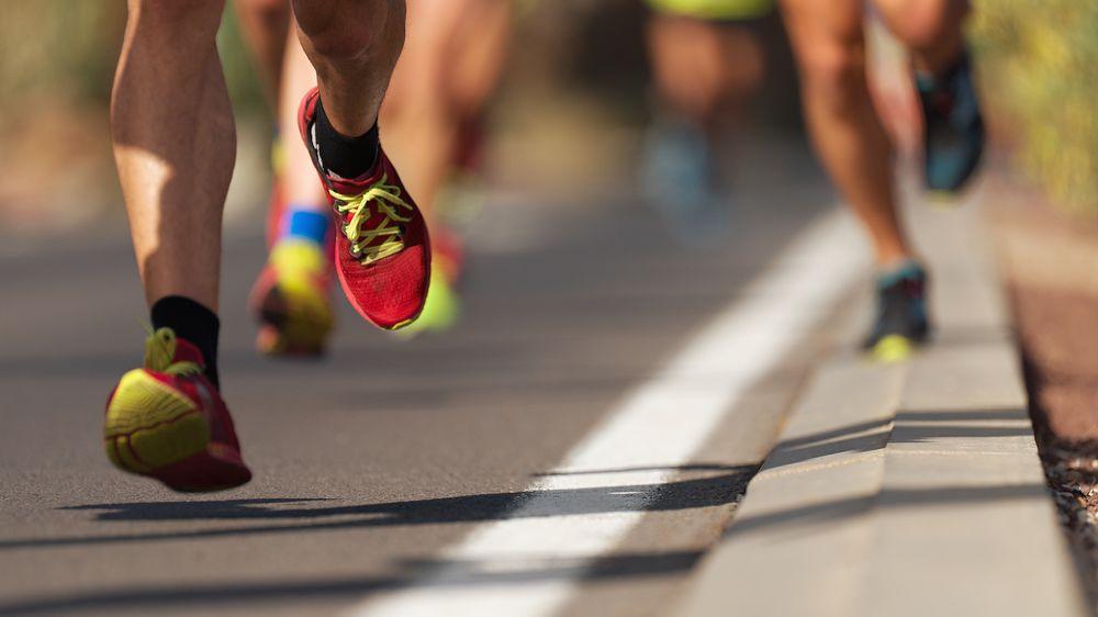 Omylem zaběhl půlmaraton a skončil první. Diskvalifikovali ho