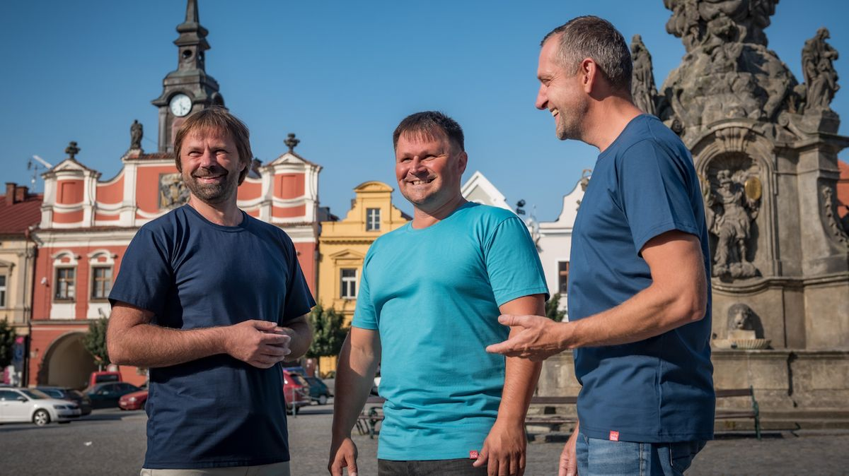 Češi vynalezli bavlněná trika, na kterých není vidět pot