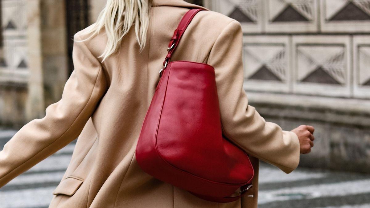 Trendy kabelky v barvách podzimního listí
